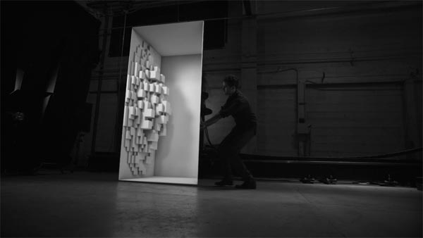 Box - Amazing visual trickery